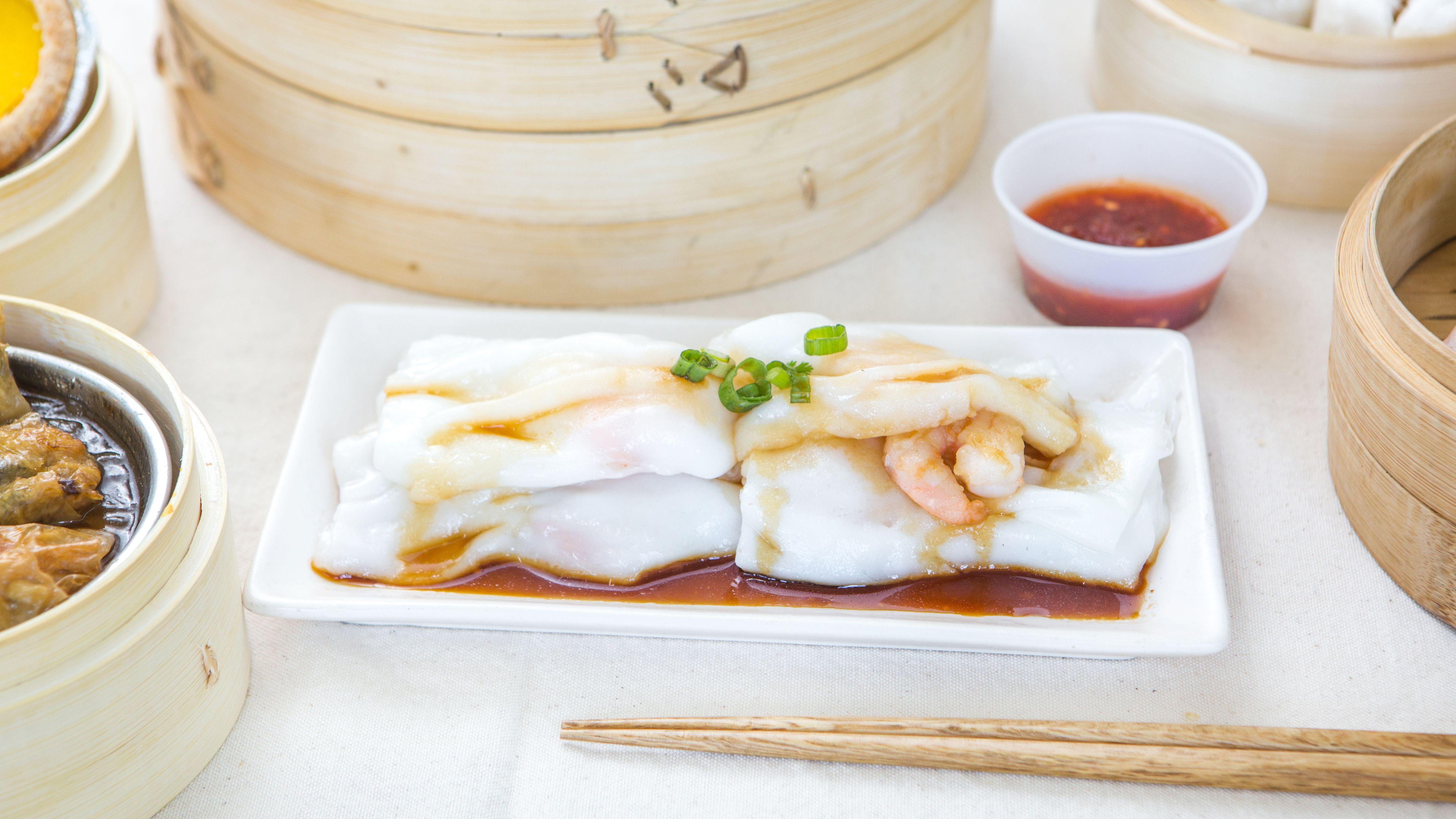 Handmade Rice Noodle Rolls w/ Shrimp